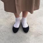 バレエシューズに靴下って履く? 素足でもムレない方法を知りたい!